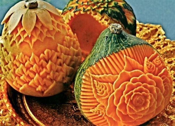 Sophie Albright's Thai Fruit and Vegetable Carvings