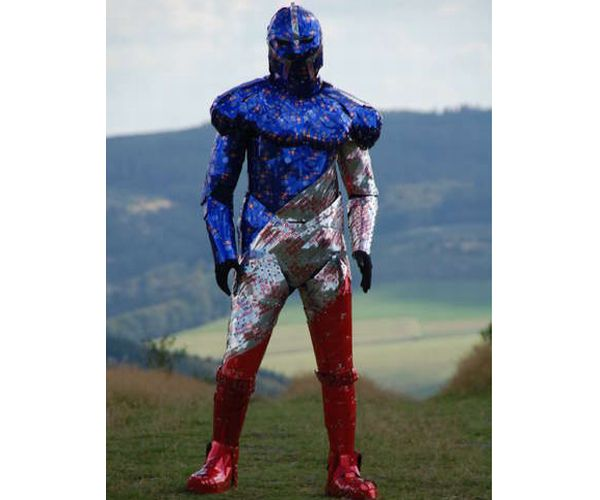 Superhero suit from recycled cans