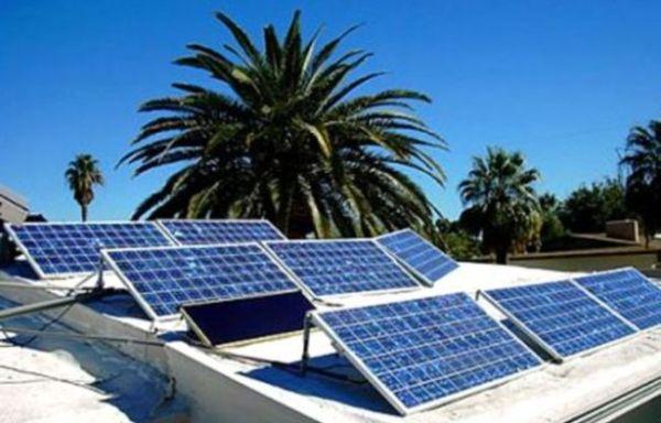 bahrain-solar-panels-650_416