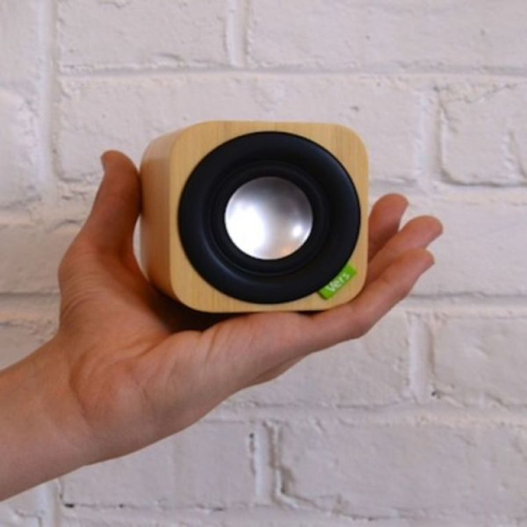 this-cute-cubed-bamboo-speaker-packs-crazy-sound-video--433fe5cac6