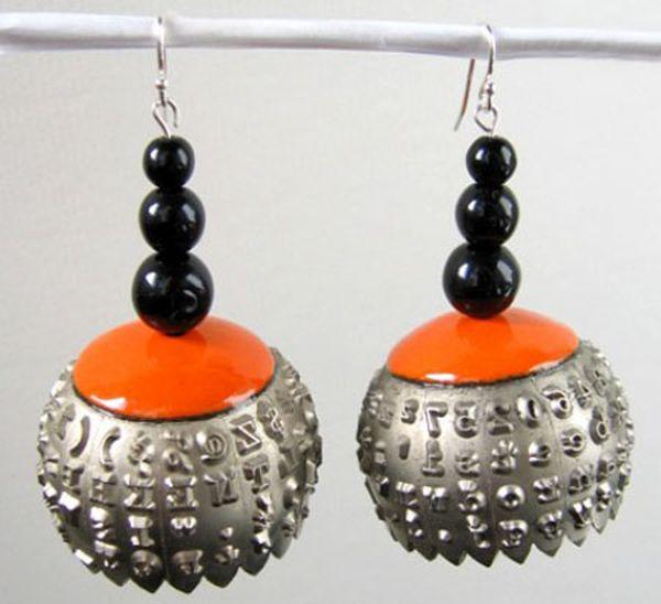 recycled-typewriter-ball-earrings1