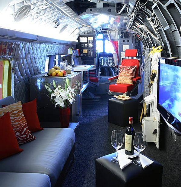 Winvian Helicopter Cottage