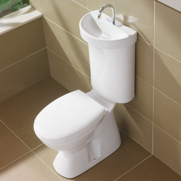 Water efficient toilet