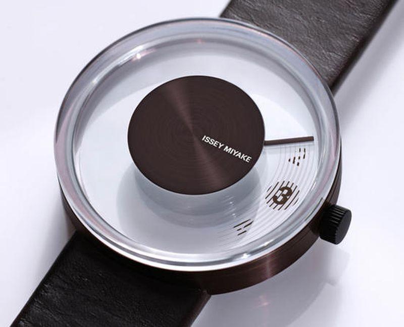 Yves Behar's VUE watch