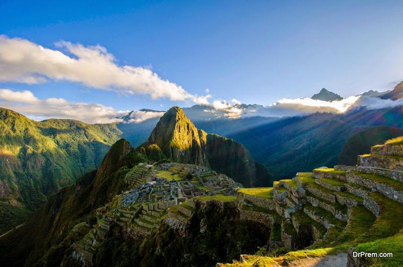 Manchu-Picchu-Peru.