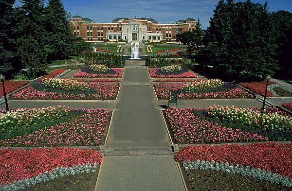 biggest botanic gardens in the world