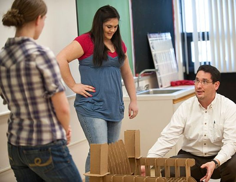 ISU students collaborate to build chairs from recycled cardboard