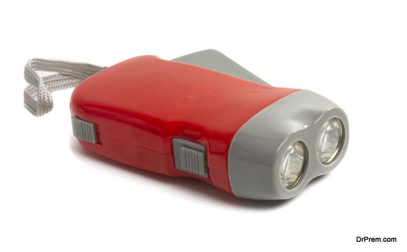 Rechargeable-Crank-Flashlight