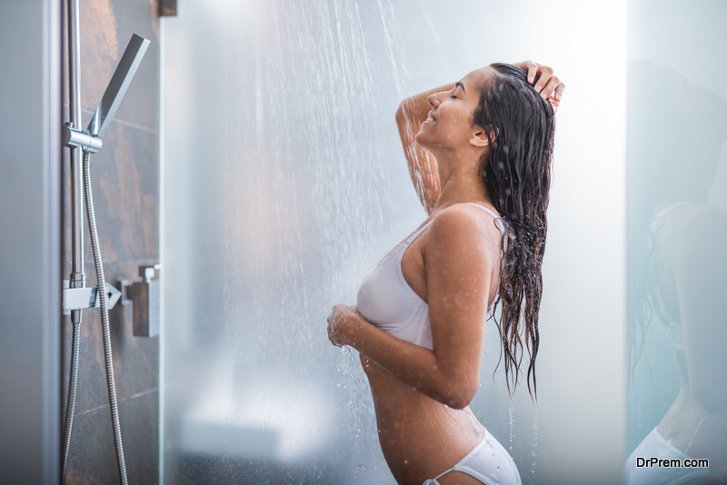 woman opted fot short shower