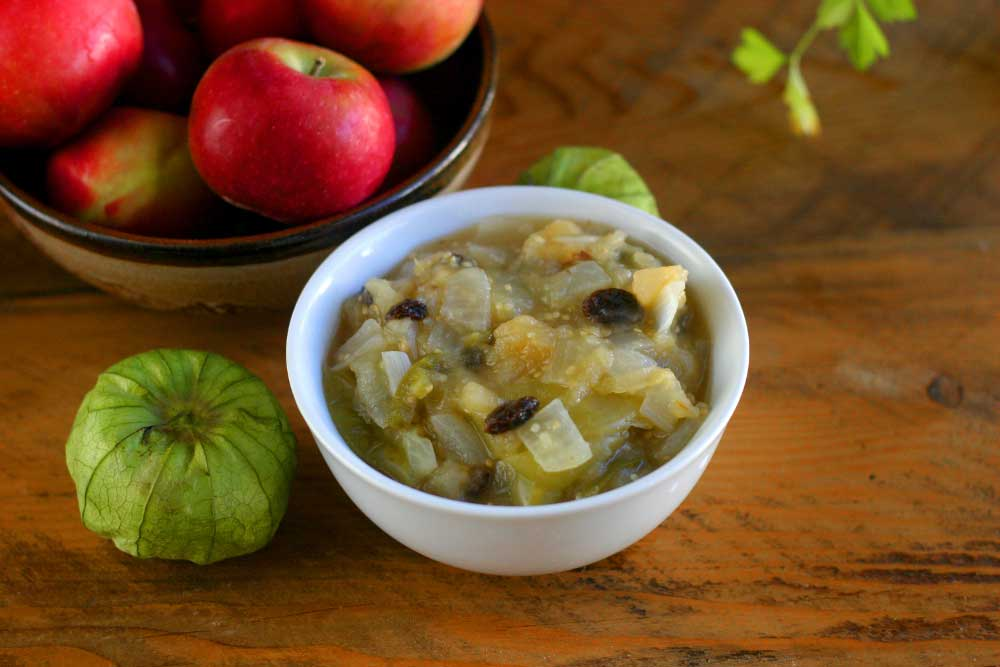 Apple and Tomatillo Chutney