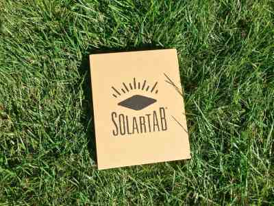 Solartab Review: The Perfect Solar Powered Battery Companion for your Smartphone and Tablet