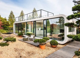 Coodo mobile shipping container home