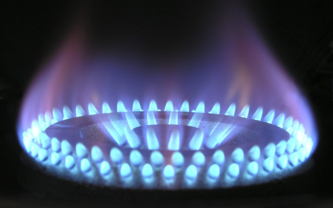 Zero and low carbon gas