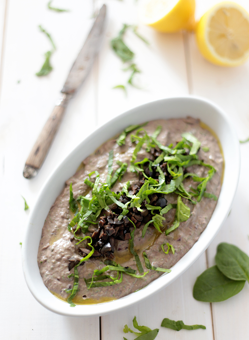 Spinach and Black Bean Hummus