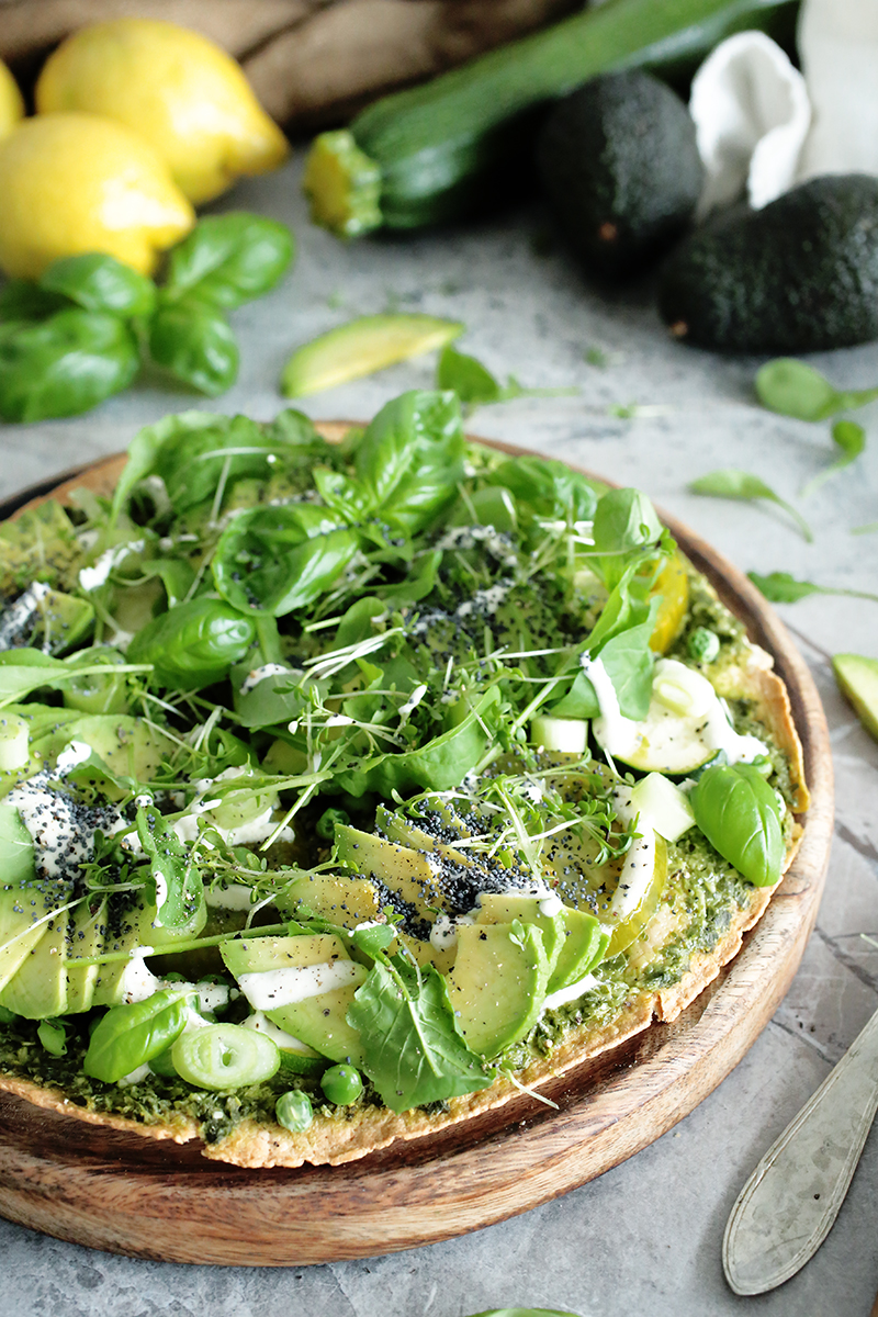 Vegan Green Tortilla Pizza- Quick and easy dinner recipes ready in under 20 minutes