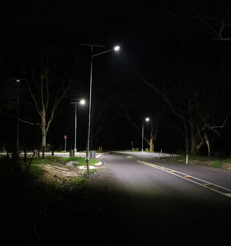 solar street lighting of intersection Victor Harbour SA
