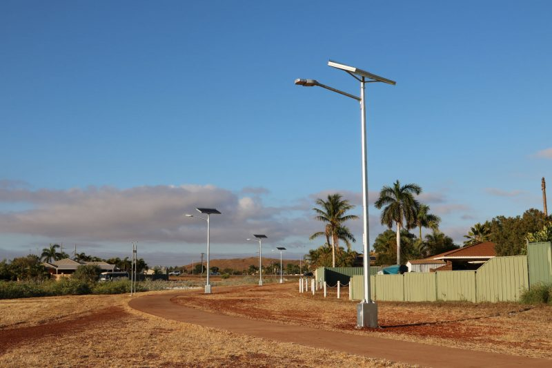 solar powered street lighting cycloine rated design