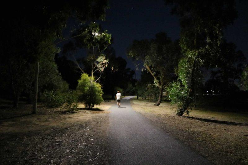 solar pathway lighting Lake Albert Wagga