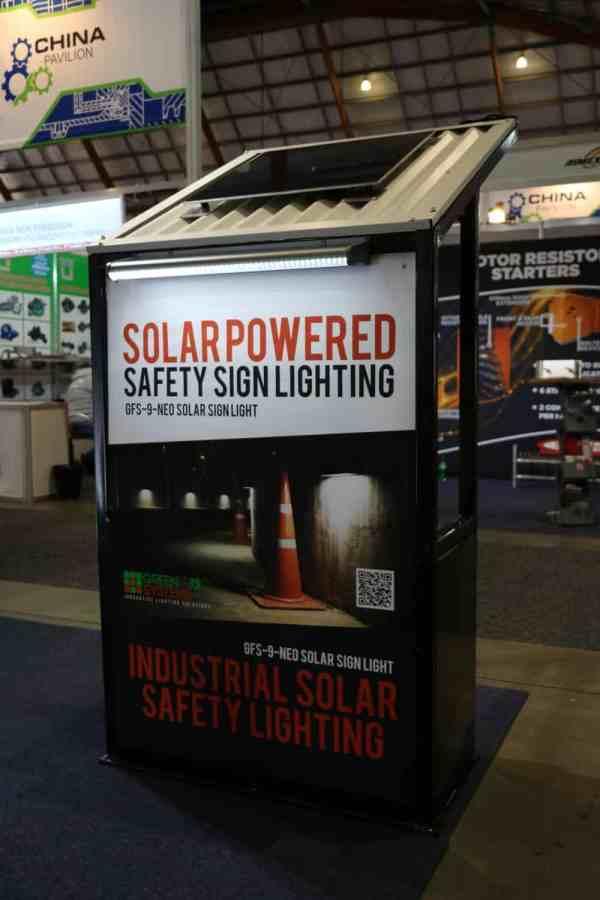 solar sign lighting