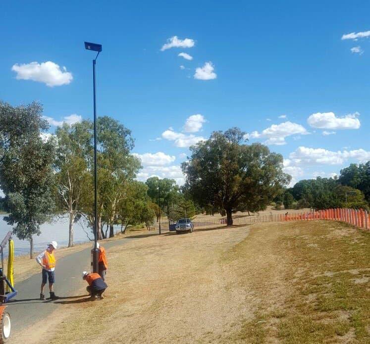 lake albert solar pathway lighting