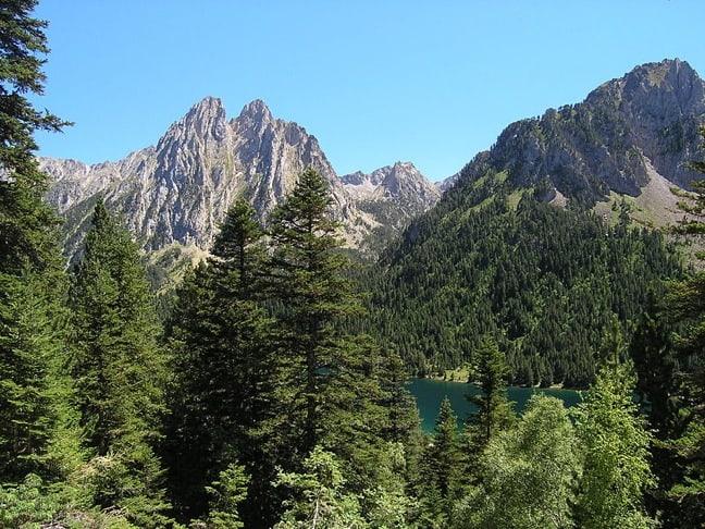 San_Mauricio_lake_spanish_pyrenees