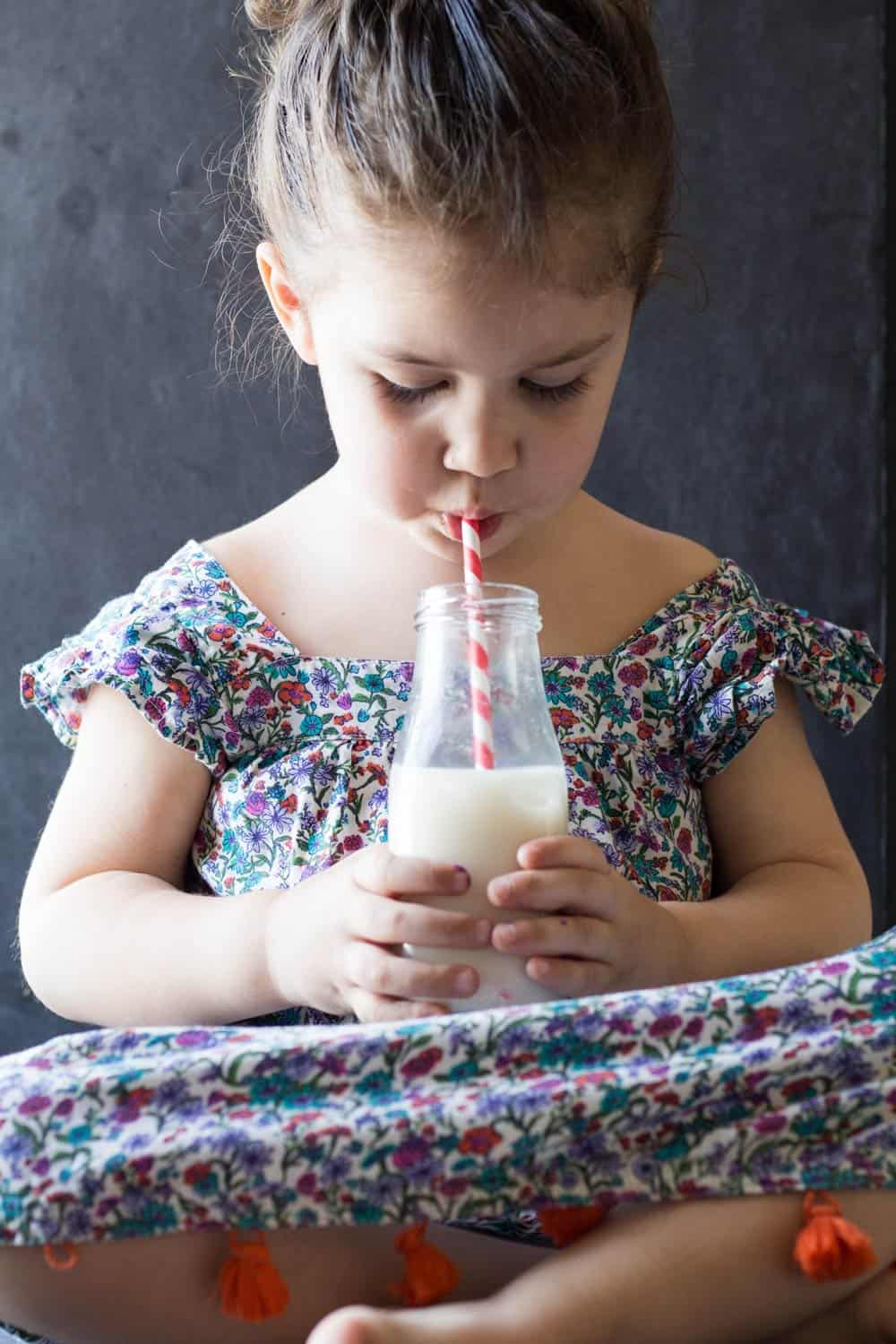 Agua de Horchata a heritage recipe to pass down to and easily prepare with children. A typically Mexican rice milk drink everybody will love!