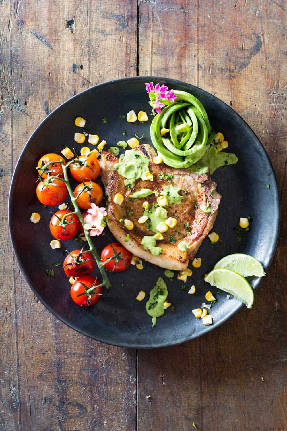 As if Pork Chops alone weren't already finger-lickin' good: these Mexican Pork Chops are one step further! Long live Mexican cuisine!