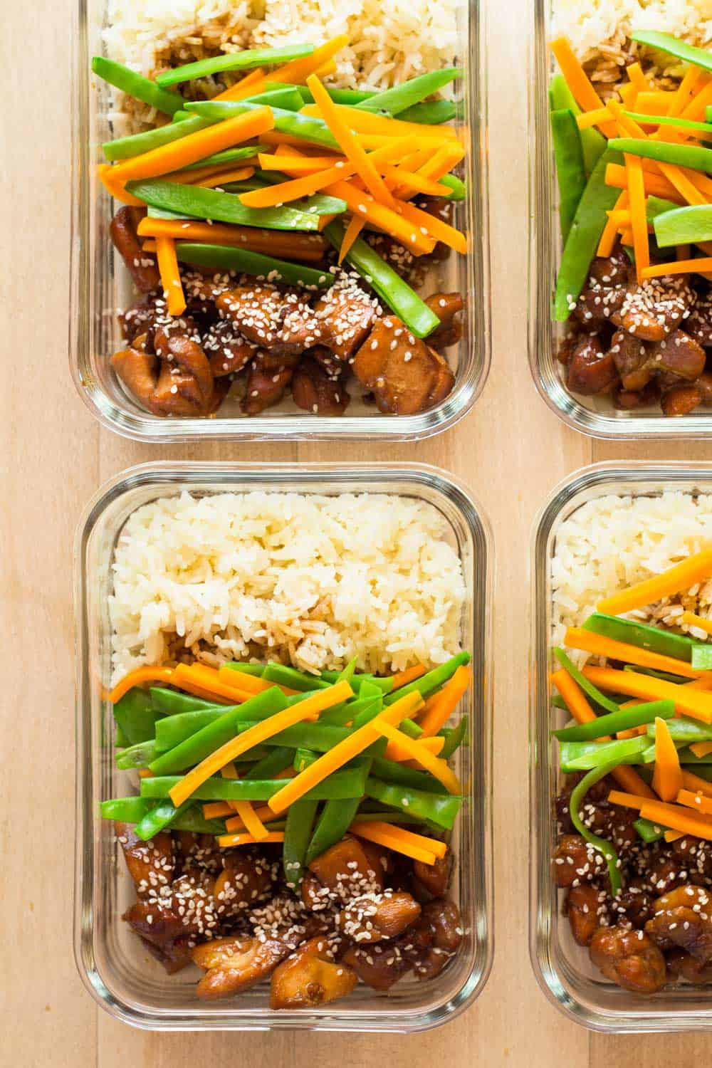 The secret to a sticking to a healthy diet is meal planning. Today I've got Vietnamese Chicken Meal Prep Bowls for you to sweeten up your week :)