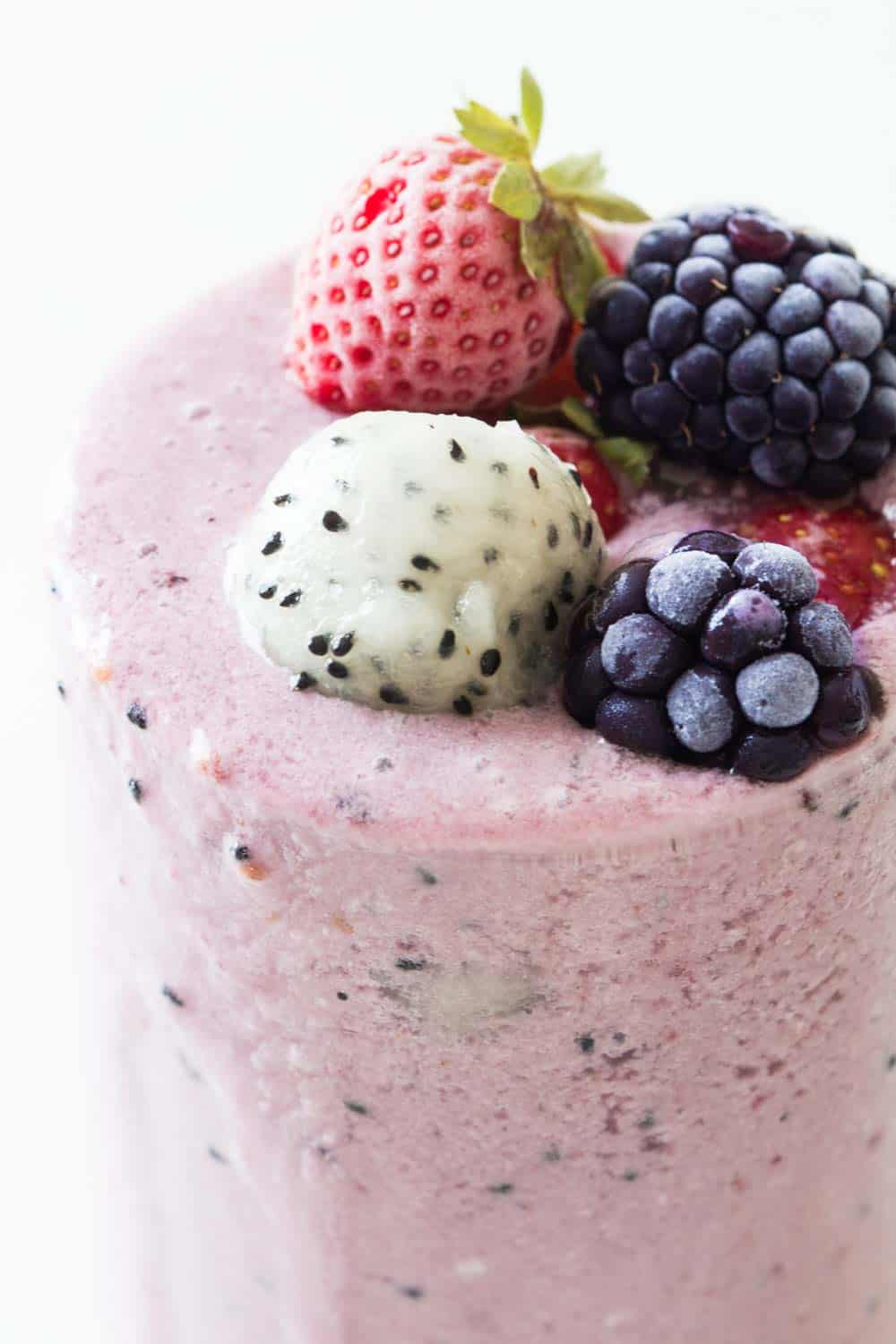 Dragon fruit is a low-calorie fruit, high in fiber and packed with vitamin C. A dragon fruit smoothie is a great way to add dragon fruit into your diet.