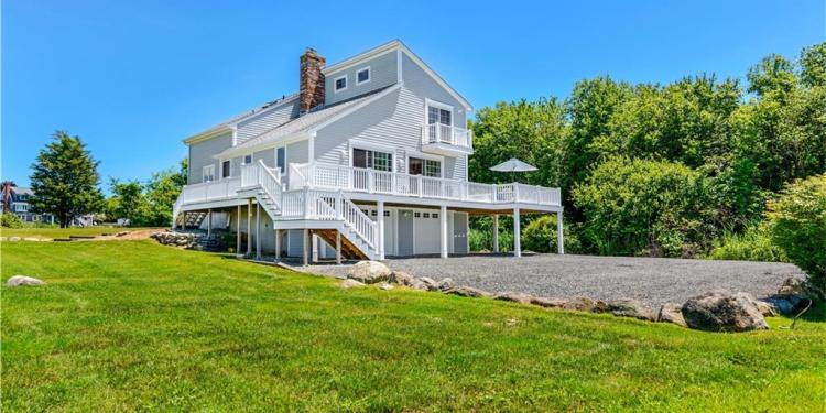 882 Green Hill Beach Road