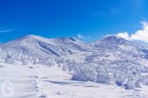 田茂萢岳から望む樹氷