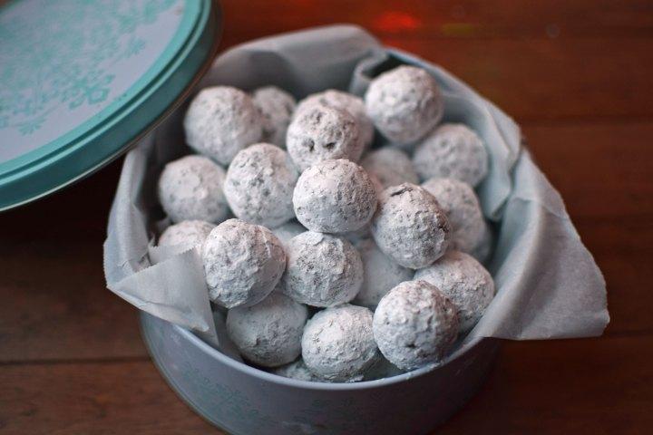 Cinnamon Almond Snowball Cookies