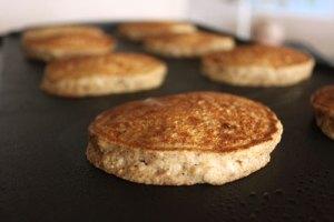 Banana Almond Oat Pancakes - step 6