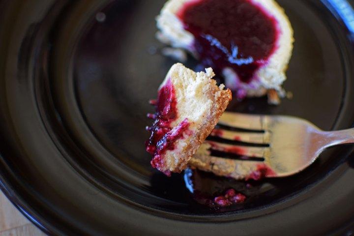 Cheesecake Muffins - Bite