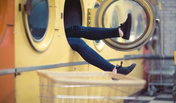 DIY|Φτιάχνουμε μόνοι μας απορρυπαντικό και μαλακτικό ρούχων