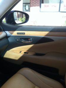 Lexus 600h Limited Hybrid bamboo interior
