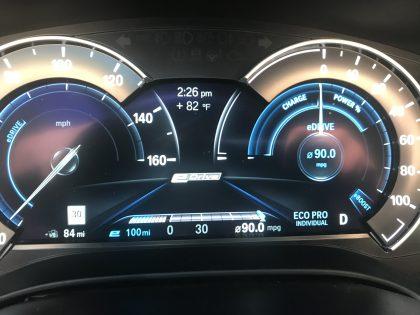 BMW 530e Plugin Hybrid perfoamxne Electric Car