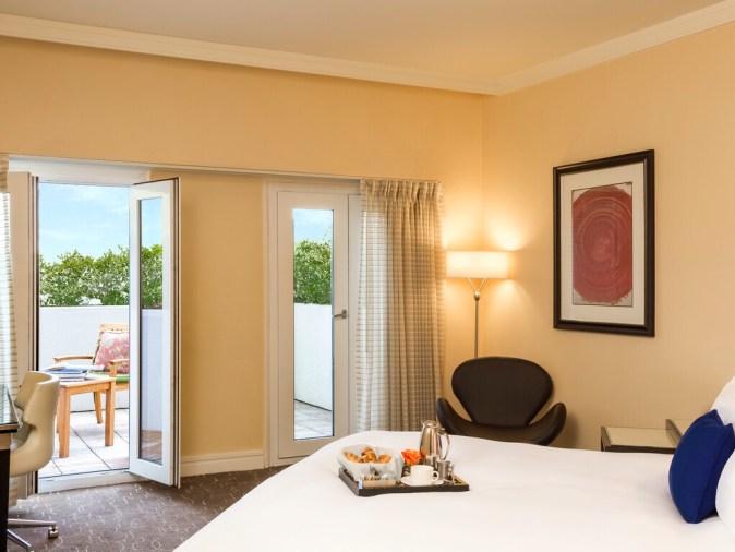 Sofitel Los Angeles Green hotel
