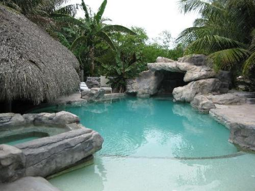 the-pool-with-hot-tub
