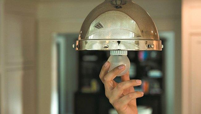 LED bulb Cree cfl-vs-led-light-bulbs