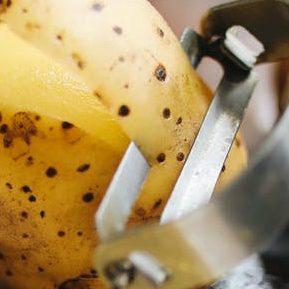 photo of peeling of potatoes