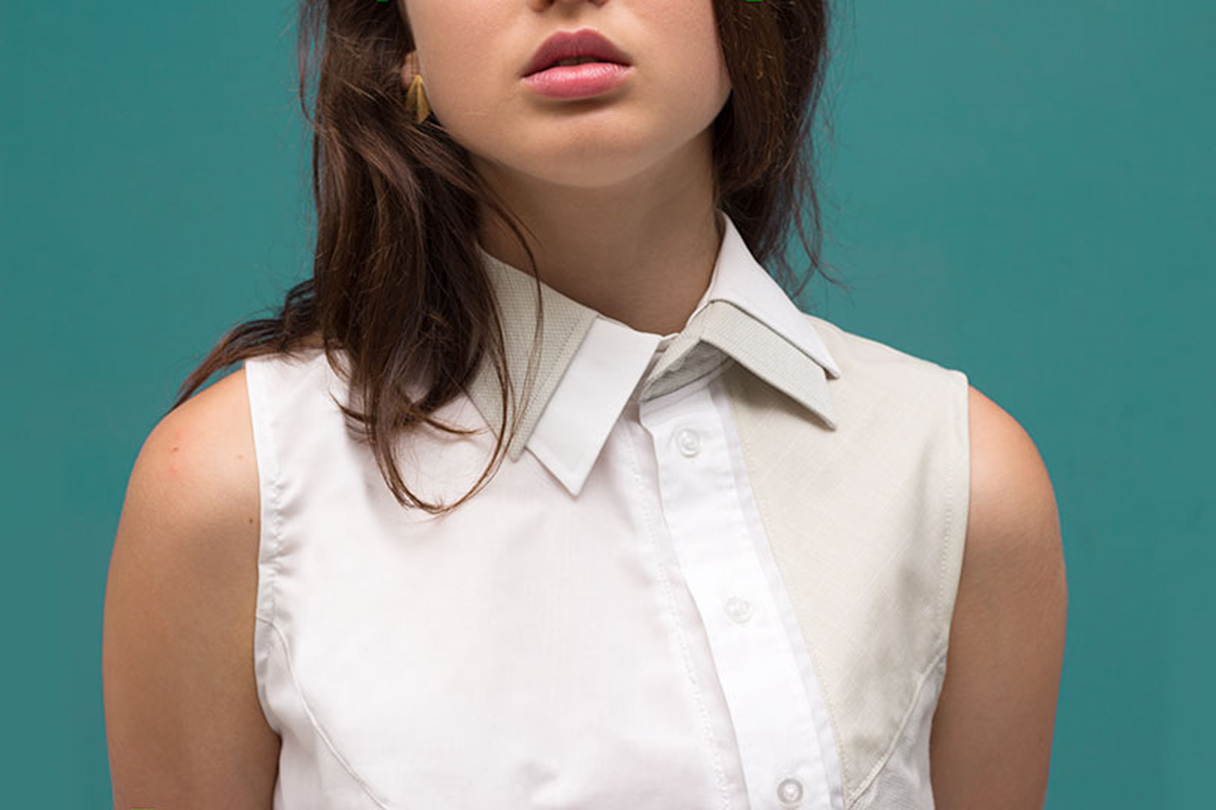 Bearb Mainseam_Crystals_Gil_Blouse