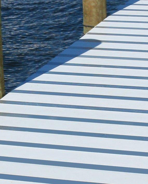 Aluminum Makula Docks Dock by Green Oxen