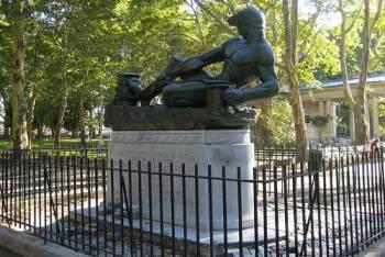 monitor st statue greenpoint mcgolrick park