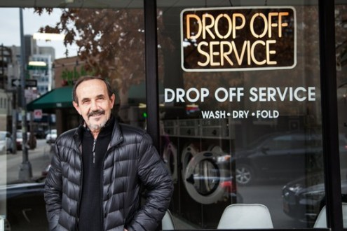 Driggs_Ave_Laundromat_Greenpoint_Rosie_de_Belgeonne