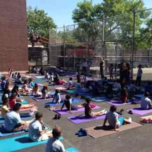 oshKids provides after school and schoolday yoga, training, and enrichment programs. Photo © Hosh Yoga.