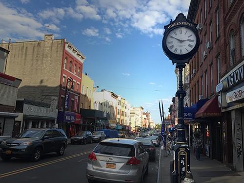 Greenpoint_Landmark_Clock