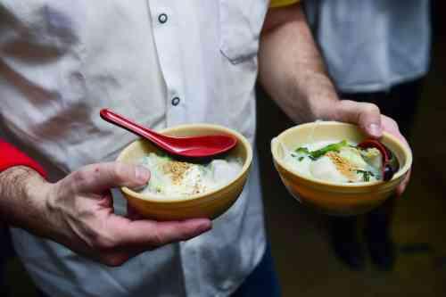 Bowls of chankonabe. Photo via Sumo Stew