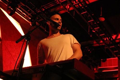 Autre Ne Veut performing at Elsewhere