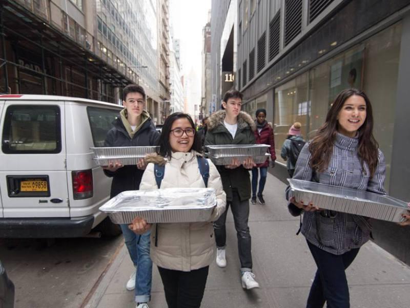 Rescuing Leftover Cuisine, volunteers